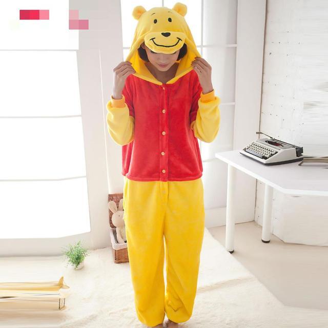 Зима взрослых пижамы костюм животного пижамы карнавальный костюм на  Рождество желтый медведь односторонняя одежда 7fa4ec52e3d20