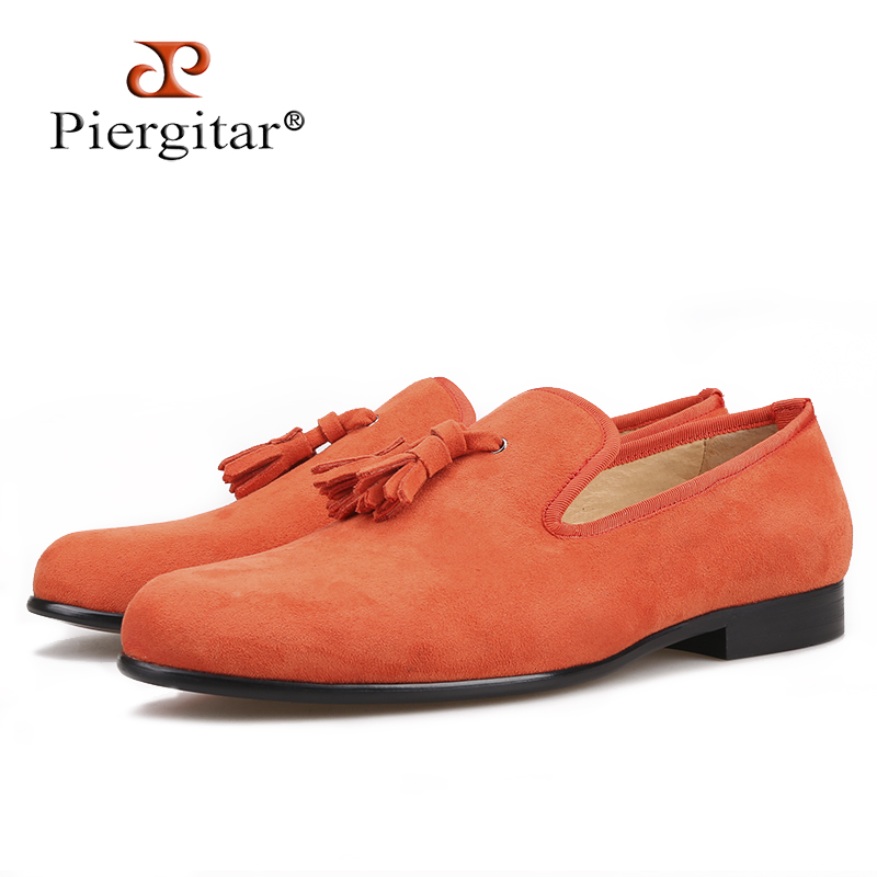 Piergitar 2018 new Handmade Cow Suede men tassel shoes men s loafers this reliable style is
