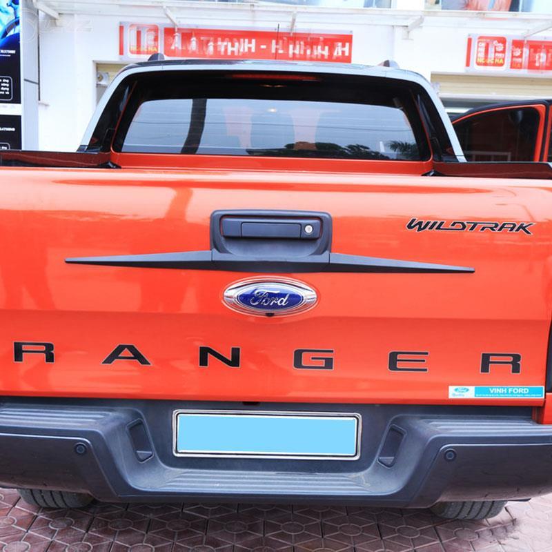 Araba Styling siyah bagaj kapağı Trim için Ford Ranger T6 T7 2012-2019 Wildtrak
