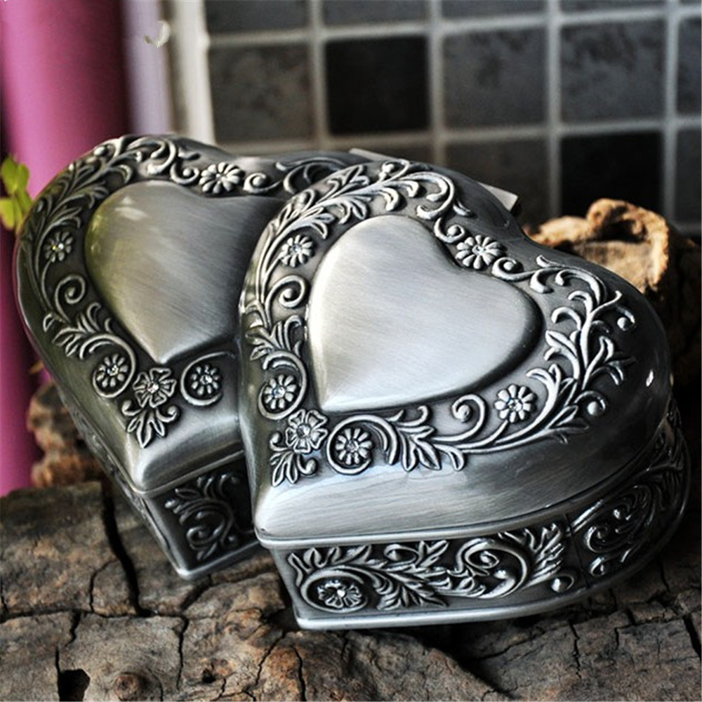 Double Heart Shape Vintage European Korean Princess Jewelry Box Desktop Storage Box particularly suitable for giving girls kz headset storage box suitable for original headphones as gift to the customer