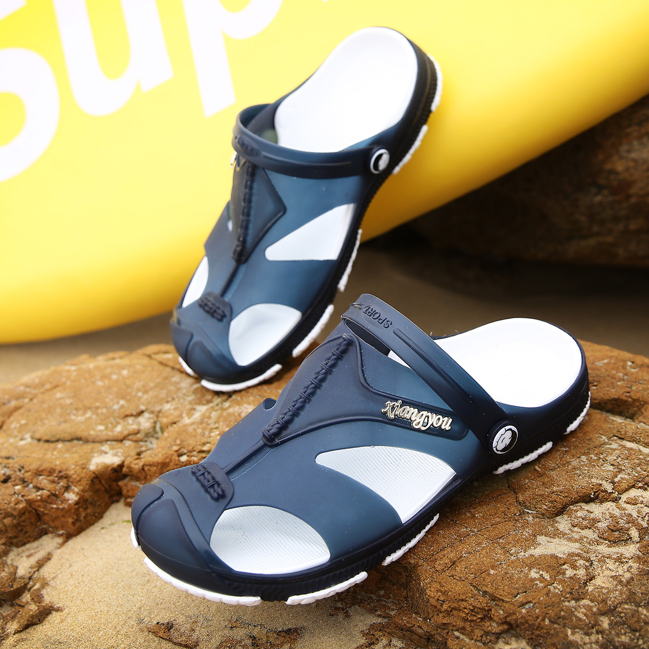 2019 NEW Men 39 s Sandals Summer Hollow Soft Bottom Beach Slippers Men Anti Slip Flip Flops Male Sandals Water Shoes in Men 39 s Sandals from Shoes