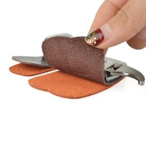 Image 4 - Tir à larc doigt gardes main droite en cuir en alliage daluminium protège doigts Camping en plein air chasse tir arc chaîne accessoires