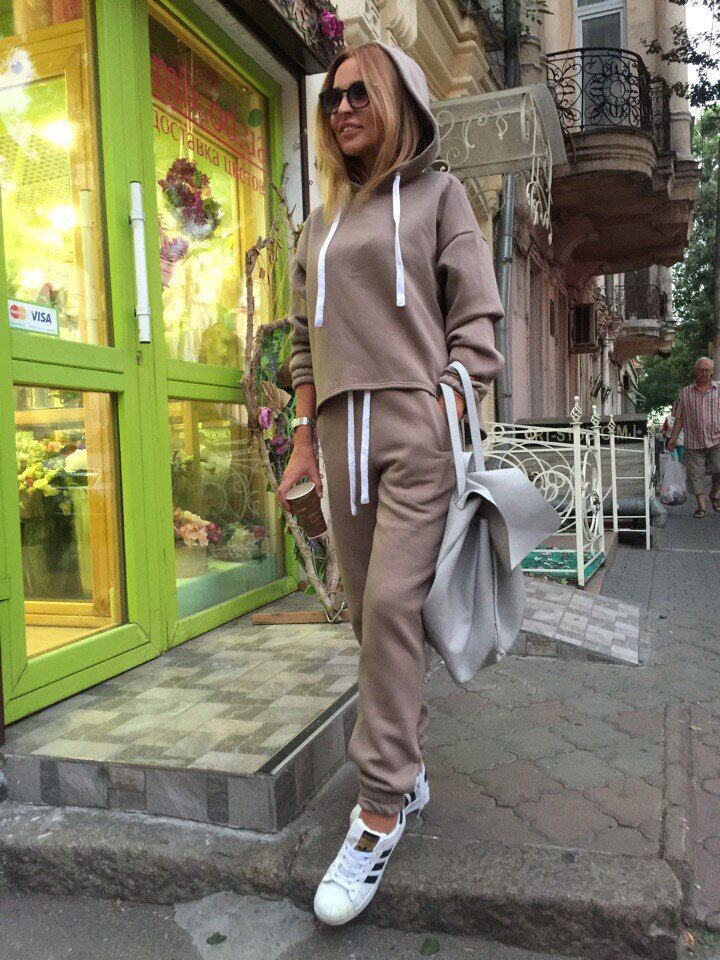2019 Spring And Autumn And Winter New Solid Color Women's Hooded Irregular Sweater Suit  2 Piece Outfits For Women