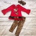 Día de san valentín del bebé niñas traje de Primavera traje de leopardo rojo amor corazón top kids volantes de algodón de seda de la leche ropa a juego con arco