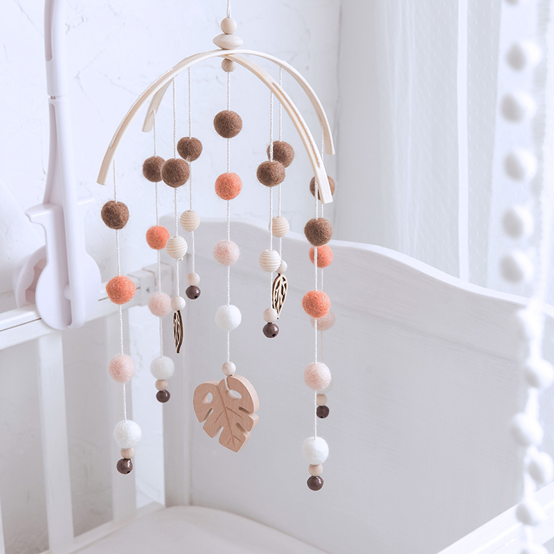 Baby Beech Wood Leaves Mobile Rattles Silicone Beads Wool Ball For Infant Room Bed Hanging Decor Small Bell Nursing Baby Toys