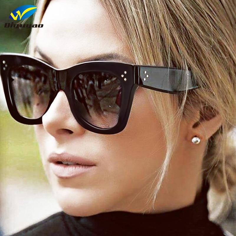 DIGUYAO 2017 Lunettes De Soleil de Mode Femmes De Luxe Marque Designer  Vintage lunettes de Soleil Femme Rivet Lunettes Ombre Style Lunettes UV400  dans ... aae848296f3a
