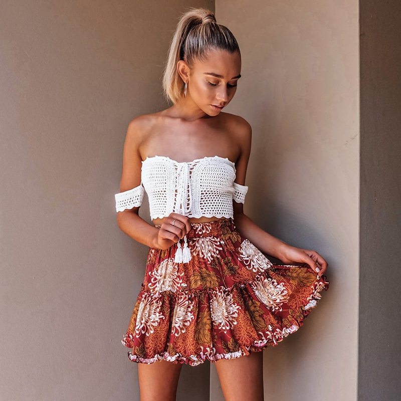 Danjeaner Boho Floral Print Mini Skirt Elastic Waist Tiered Ruffle Short Skirt Women A-line Casual Beach Summer Skirt 2018
