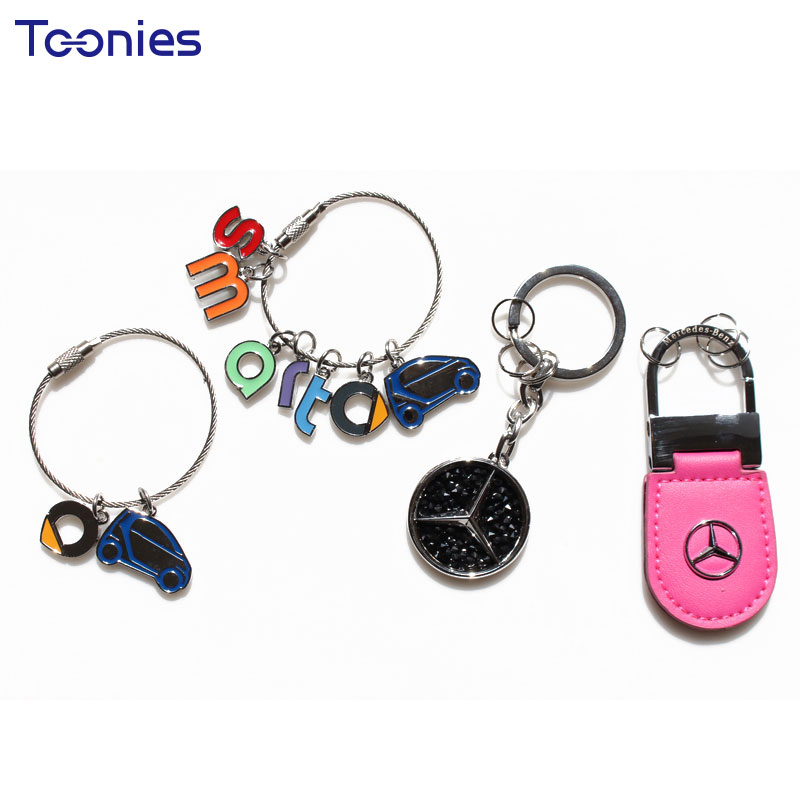 Smart Fortwo Letter Logo Car Keychain Pendant Key Chain Stainless Steel Ring Auto Keyring Very Car