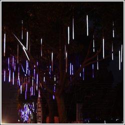 10 teile/los 80 cm Outdoor-landschaft Beleuchtung Hohl LED Meteor Dusche Schneefall Regen Rohr Lichter Garten Hochzeit Dekoration Girlanden