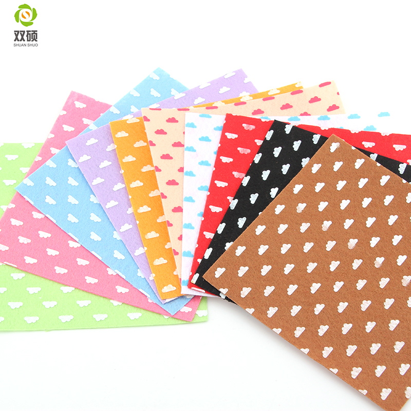 Print clouds polyester felt fabric cloth diy handmade for Cloth material for sewing
