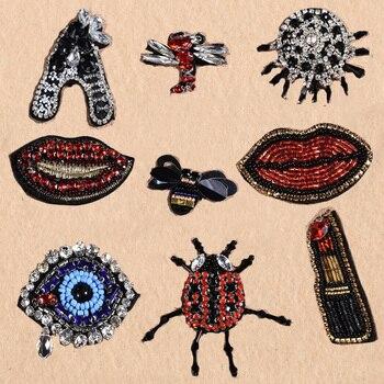 Mode kleine biene Diamant perlen patches lippenstift für nähen auf Kleidung Insekt abzeichen aufkleber t shirts applique Hut zubehör