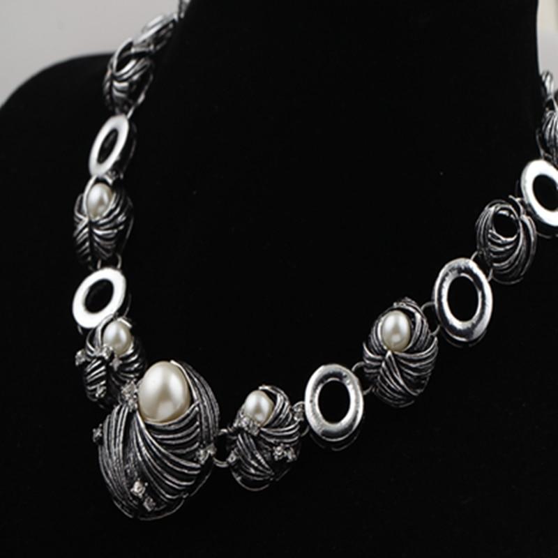 gros collier pour femme