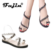 цена на Fujin Brand 2019 New Sequin Bling Bling Women Sandals Flat Shoes Roman Sandals In Summer Beach Strappy Embroidered Shoes
