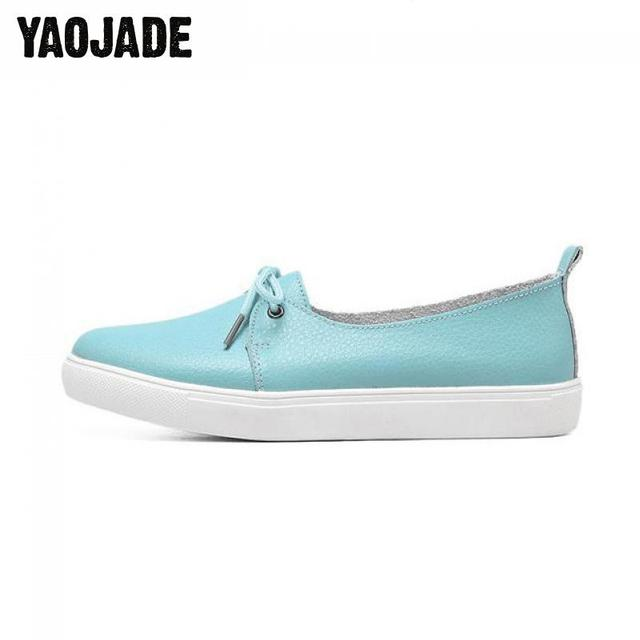 2698d0fa6ee Classics 2018 Spring And Autumn Small White Shoes Women Flat Bottom Soft  And Comfortable Shoes Frenulum Casual Women s Shoes