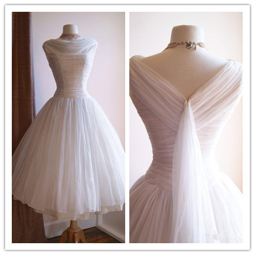 Vintage 1950 39 s tea length wedding dresses scoop neck for Full skirt wedding dress