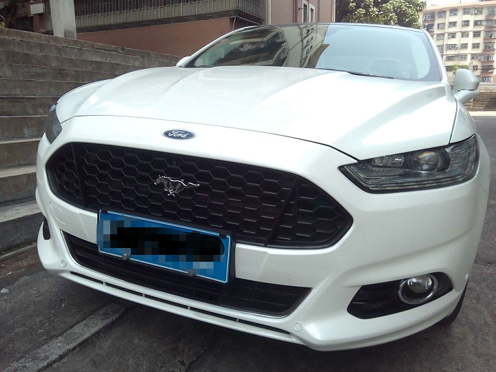 For Ford Mondeo 2013 2014 2015 2016 Car ABS Material Grille Modify Mustang Grilles Shiny Black Lacquer Bake Front Mesh Grills