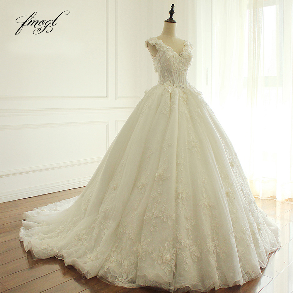Fmogl Elegant Flowers Lace Princess Wedding Dress 2019 Beading Appliques Vintage Bride dresses Robe De Mariage Plus Size-in Wedding Dresses from Weddings & Events    1