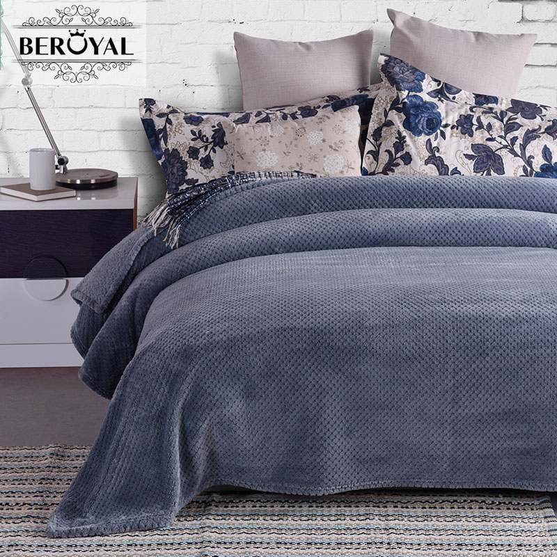 2017 MMY Blanket Brand Coral Fleece Europe Spring/autumn Plush Blankets Solid Throw Warm & Soft  Cobertor 79*90