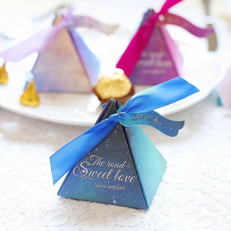 50pcs Creative Starry Sky Pyramid Candy Box Ribbon Wedding Party Favor Gift New Year Decor Childrens Birthday Kid Baby Baptism