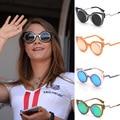 Famosa Marca Designer Cat Eye Óculos De Sol Retro Espelho Redondo Óculos Cateye Olho de Gato Mulheres Óculos Cor De Rosa Tons occhiali da sole