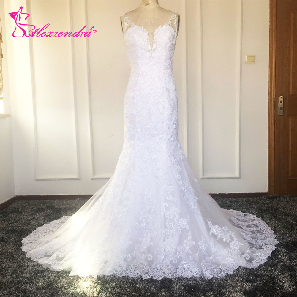 White Mermaid Lace Wedding Dresses Sweetheart Bride Dresses Pearls Backless Sexy Wedding Bridal Gowns