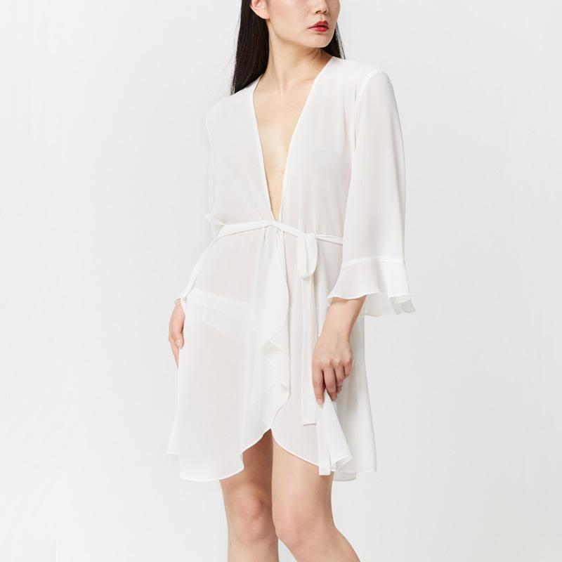 Sexy-Lace-Lotus-leaf-Sleeve-Elegant-Black-White-Night-Robes-Women-Solid-Sleepwear-Bathrobe- (1)