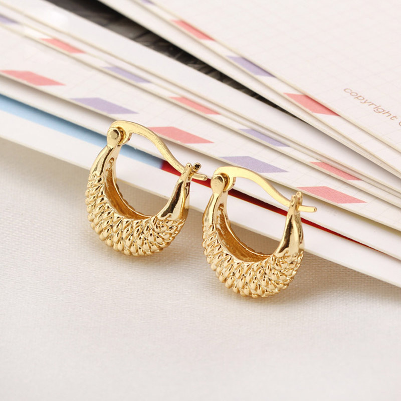 Inspirational Gold Earring tops Design | Jewellry\'s Website