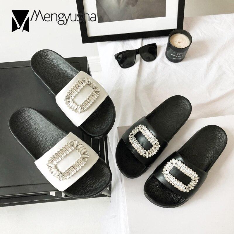 Européenne white Cristal Dames D'été Bascules Pantoufles Noir Célèbre Haute Diapositives Qualité Dehors 2018 Marque Femmes Designer Carré Microfibre qwTxWgBFO