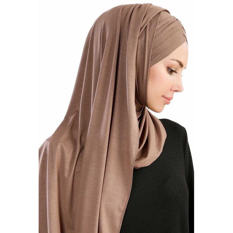 cansu-mork-taupe-3x-jersey-hijab-sjal-200909-4