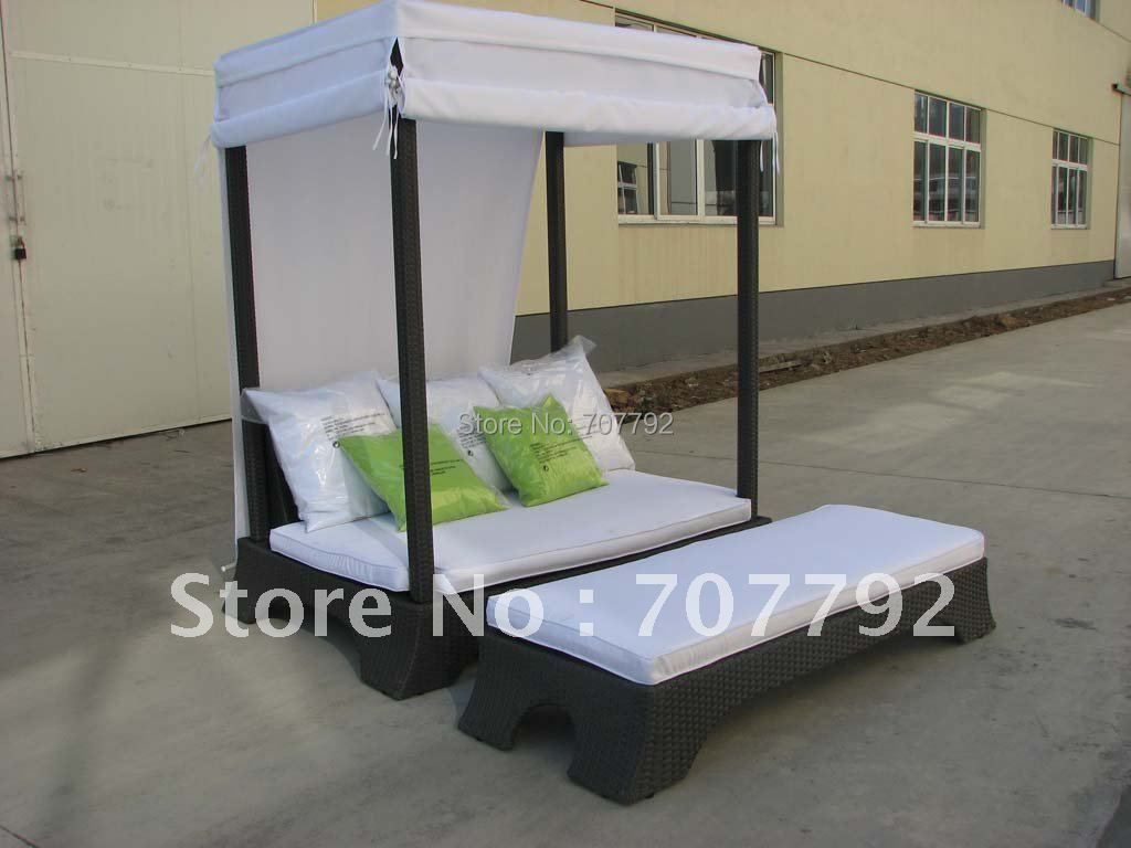 Hot sale Urban new style double bed rattan outdoor chair