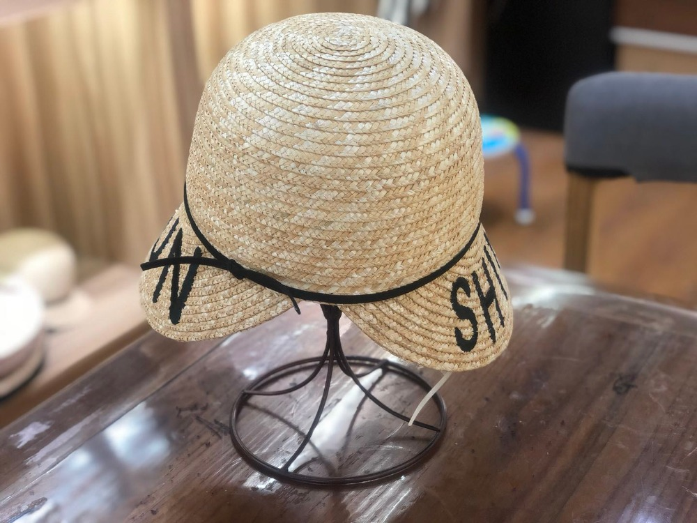 01902-shi summer HANDMADE natural grass Fashion Model Show Style lady letters leisure visors cap women baseball hat
