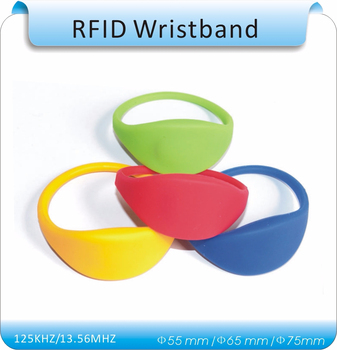 1 RFID reader+50pcs 7# IP68 waterproof silicone 125khz EM4100 rfid wristband/ RFID tags bracelet 100pcs printing order code em4100 125khz rfid wristband waterproof wristband cabinet key wristband tags