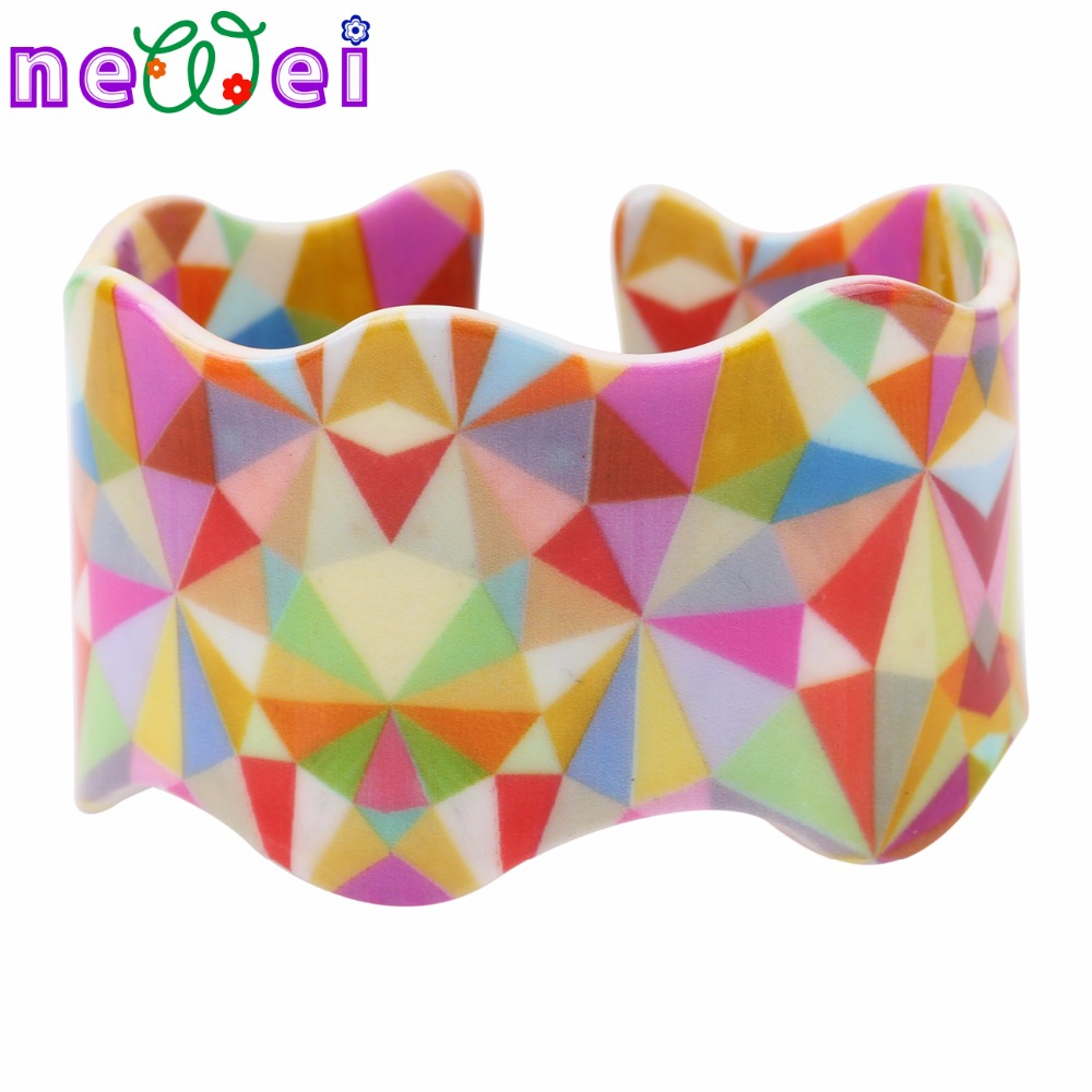 NEWEI Colorful Shine Triangle Pattern Wide Bangles Love Bracelets For Women News Fashion Jewelry Bijoux Party Accessories