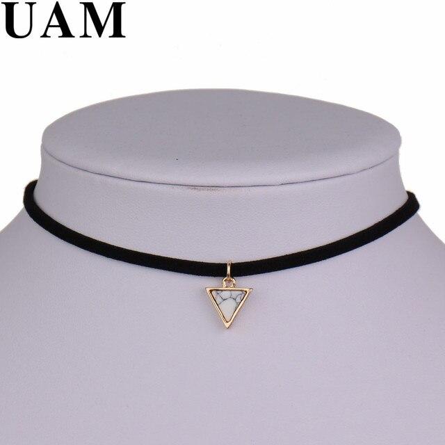Nouvelle marque Punk collier femmes court noir velours Choker colliers avec Triangle fausse pierre de l'inde cadeau de noël