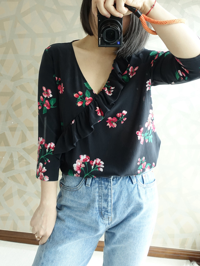2019 New Women Begonia Flower Print Silk Blouse Three Quarter Sleeve Ruffle V Neck Sweet Romantic