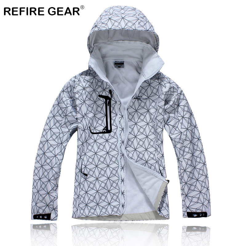ReFire Gear Winter Thermal Soft Shell Hiking Jacket Women Windproof Warm Climbing Camping Jacket Female Outdoor Sport Jackets in Hiking Jackets from Sports Entertainment