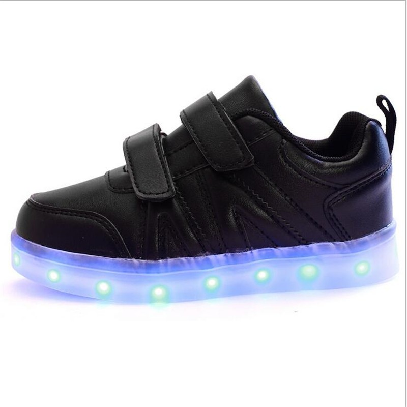 2016 New Fashion Sneaker With LED Lights Colorful Running Casual Shoes for Kids Children Boys and Girls Enfant Walking Shoes PU 3