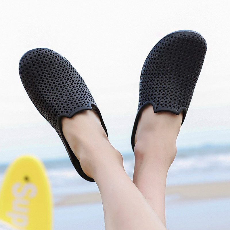 POSTOBON Comfortable Men Pool Sandals Summer Outdoor Beach Shoes Men Slip On Garden Clogs Casual Water Shower Slippers