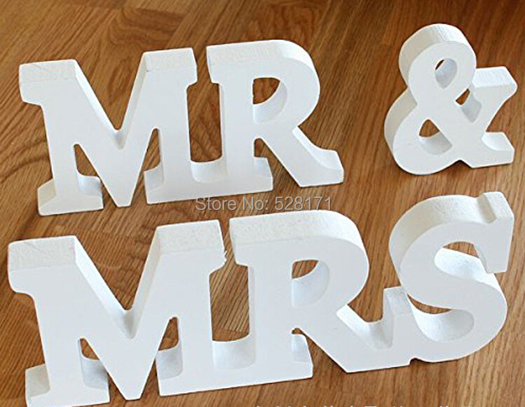 free shipping 1set mrmrs english wedding wood crafts wooden letters marking photo frame for