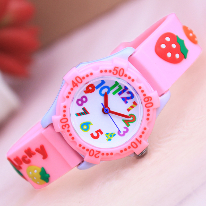 2018 Famous Brand 3D Cartoon Lovely Cat Lovely Strawberry Love Quartz Watches For Children Girls Colorful Digital Wristwatches