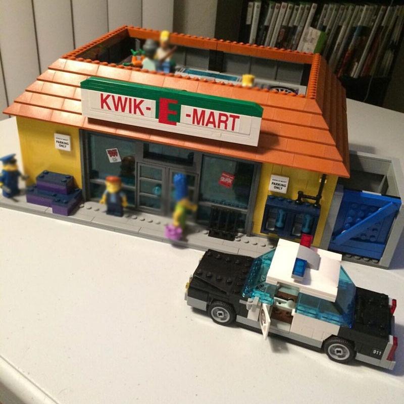 16004 2232PCS Compatible 71016 Simpsons Kwik-E-Mart Sets Building Kits Action Figures Model Blocks Bricks Toys For Children | Model Building