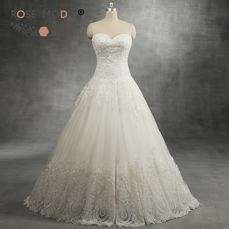 Rose Moda Delicate Lace Ball Gown Sweetheart Neck Drop