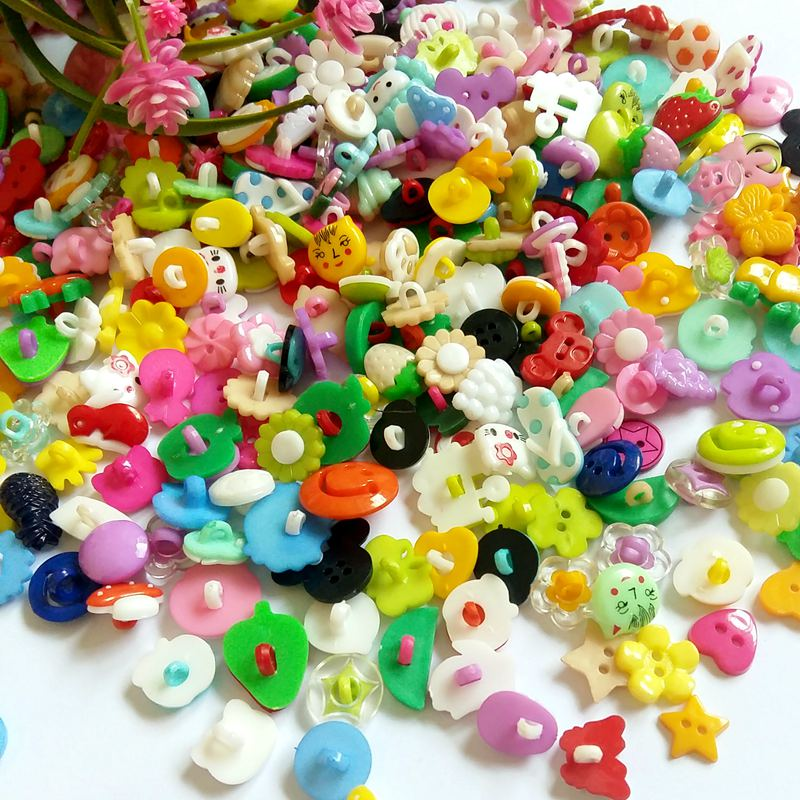 200pcs Hot!!!! new mix Color Assorted Button Sewing Children decoration Craft Garment Accessorie Buttons scrapbooking botoes