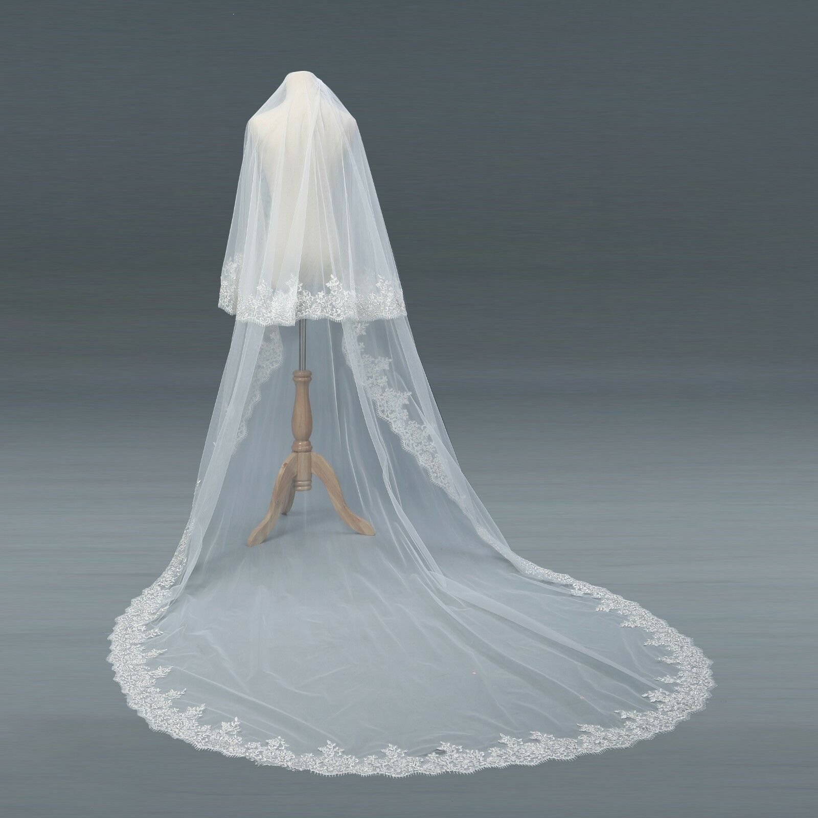 Lace Edge Wedding Bridal Veils 2 Layer Cathedral Long Length Women mantilla wedding vail With Comb NEW