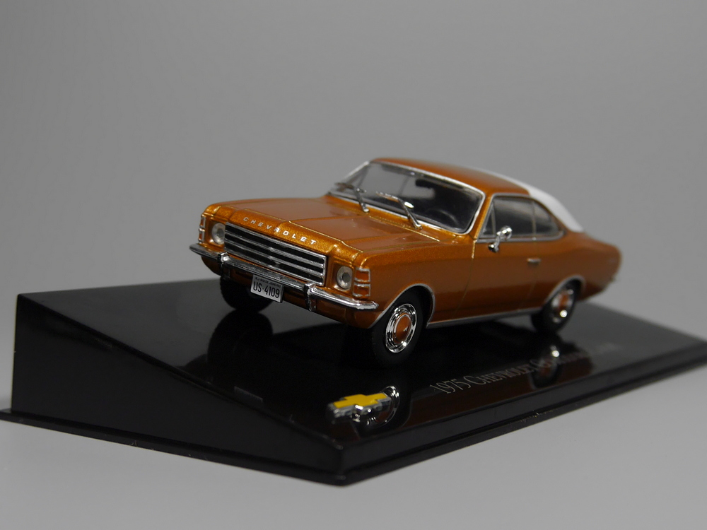 Auto Inn - ixo 1:43 Chevrolet Comodoro Coupe 1975 Diecast model car