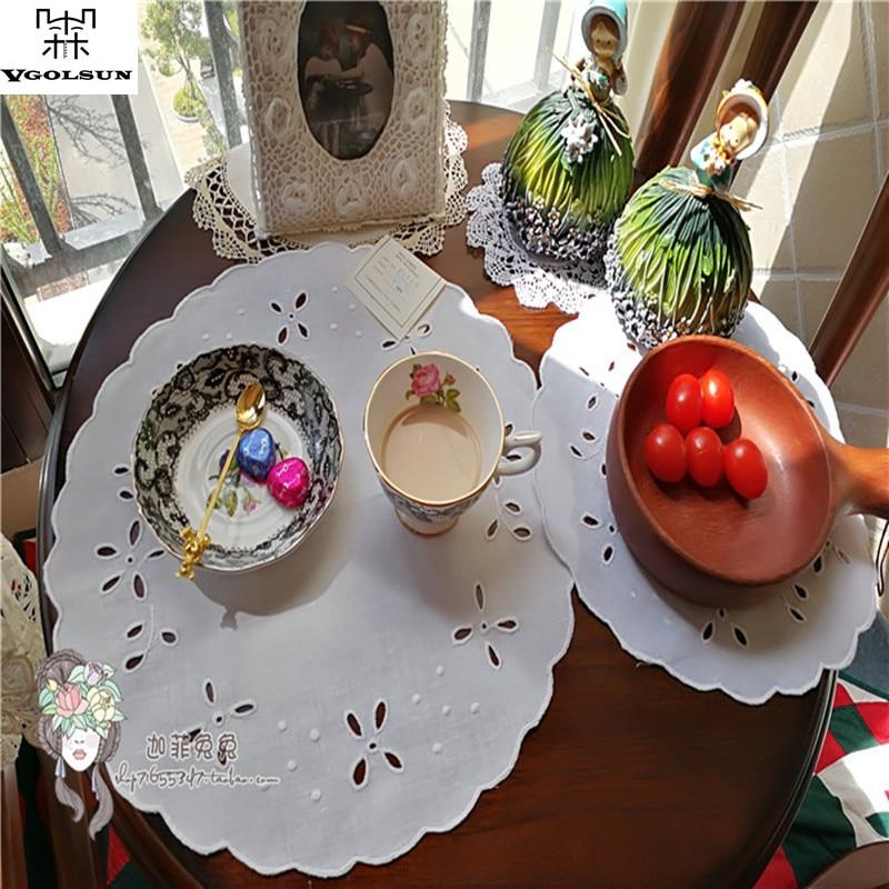 12PCS/Dozen White Simple Kitchen Table Mats Cotton Linen Table Napkin Vintage Embroidered Decorative Placemats Mats Pads