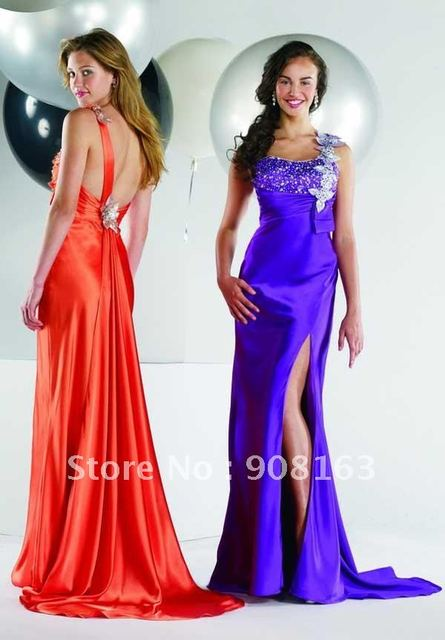 This  2013 Beautiful Prom Dresses Features an Embellished Single Strap, Modified Sweetheart Neckline, and Beaded Bust.