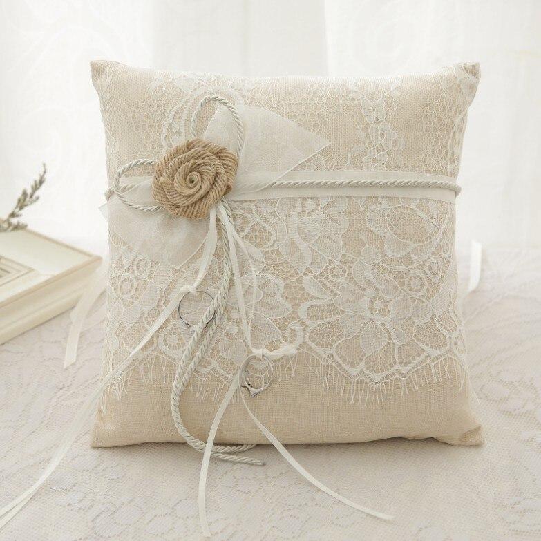 Nouveau style bague de mariage oreiller pour décoration de mariage 21x21 cm chanvre corde fleur décor coussin de mariée avec corde de chanvre nœud papillon