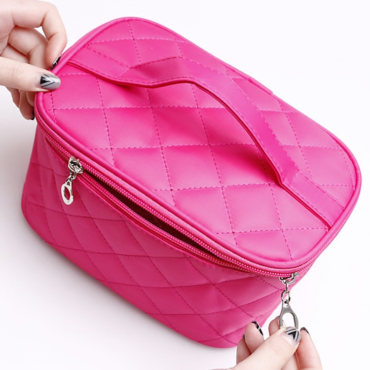 Cosmetic Makeup Bag Women 2017 Fashion Dressing Case Professional Cosmetic Bag Make Up Pouch Travel Handbag Female Toiletry Bags new women fashion pu leather cosmetic bag high quality makeup box ladies toiletry bag lovely handbag pouch suitcase storage bag
