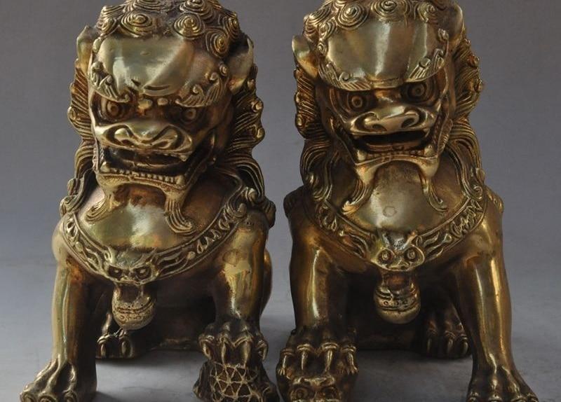 6china fengshui brass evil spirits foo dog lion Guardian beast ball statue pair